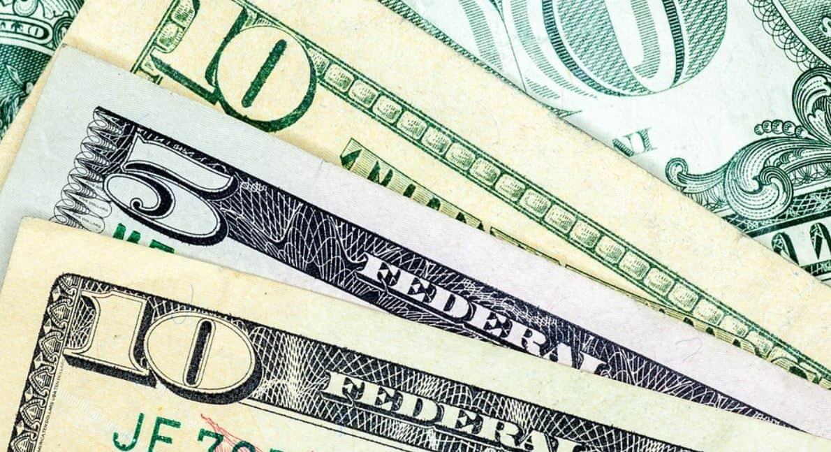 Ile można zarobić w zakładach bukmacherskich?